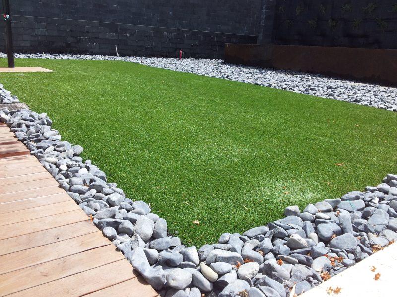 Colocaci n de c sped en cantabria jardiner a diego - Cesped artificial economico ...
