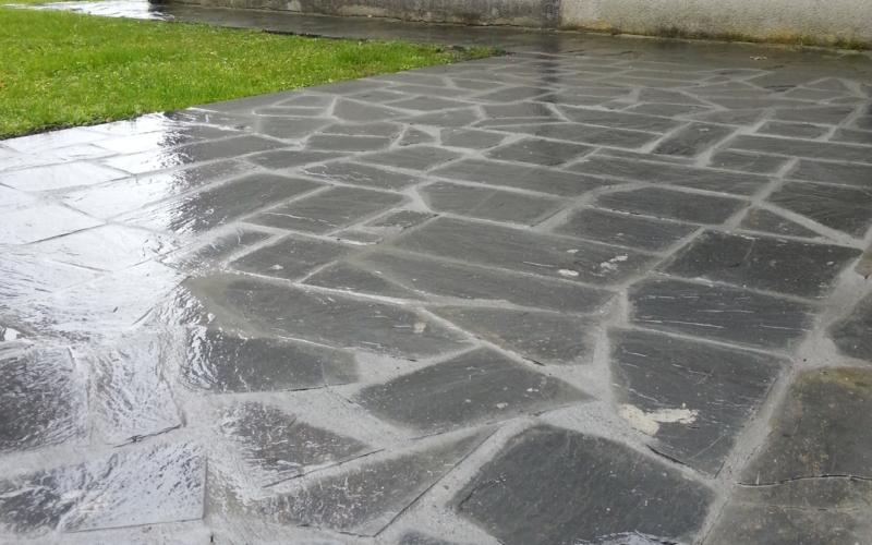 Diseño de suelos en Cantabria / Piedra irregular